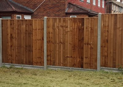 Closeboard Panels, Concrete Posts & Gravel Boards (2)